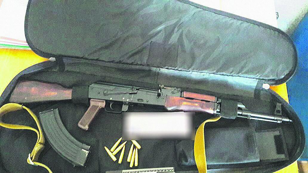 У нападавших на фермеров нашли оружие. Фото: vn.npu.gov.ua
