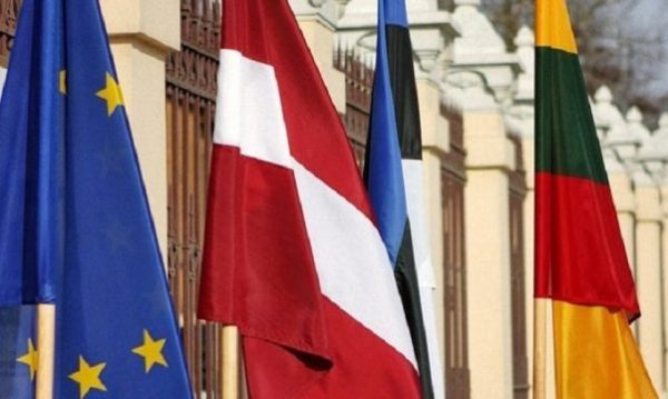 Коричневый интернационал: о чём договорились прибалтийские ультранаци