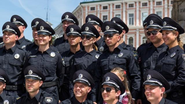 """Полиция Украины советует гостям """"Евровидения"""" спасаться бегством"""