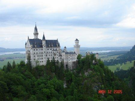Замок Баварского короля Людвига II около городка Фюссен
