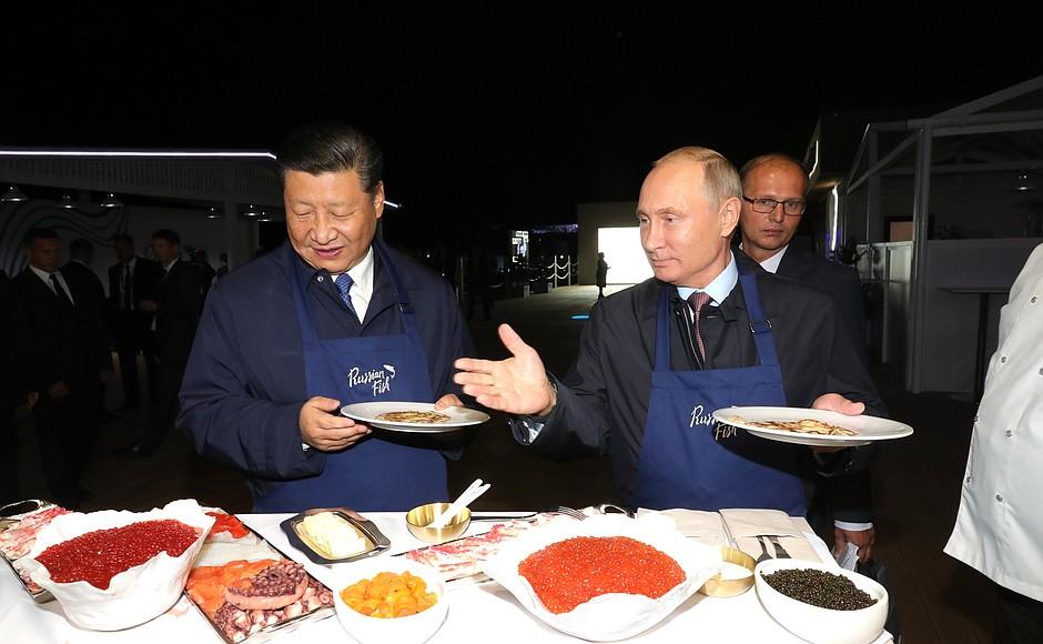 Как лидеры России и Китая блинчиков напекли