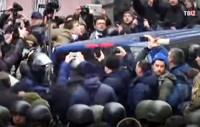 Луценко заявил о попытке Саакашвили свергнуть власть за деньги Януковича