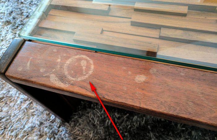 Как убрать пятна с деревянной мебели: лайфхаки, которые действуют