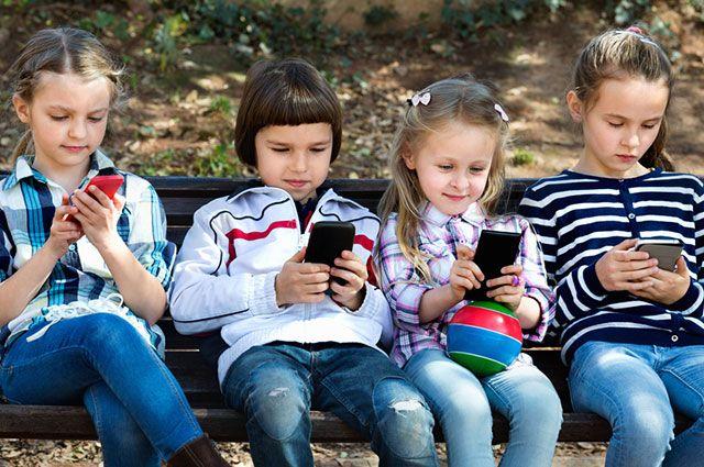 В каком возрасте можно покупать смартфон ребёнку?