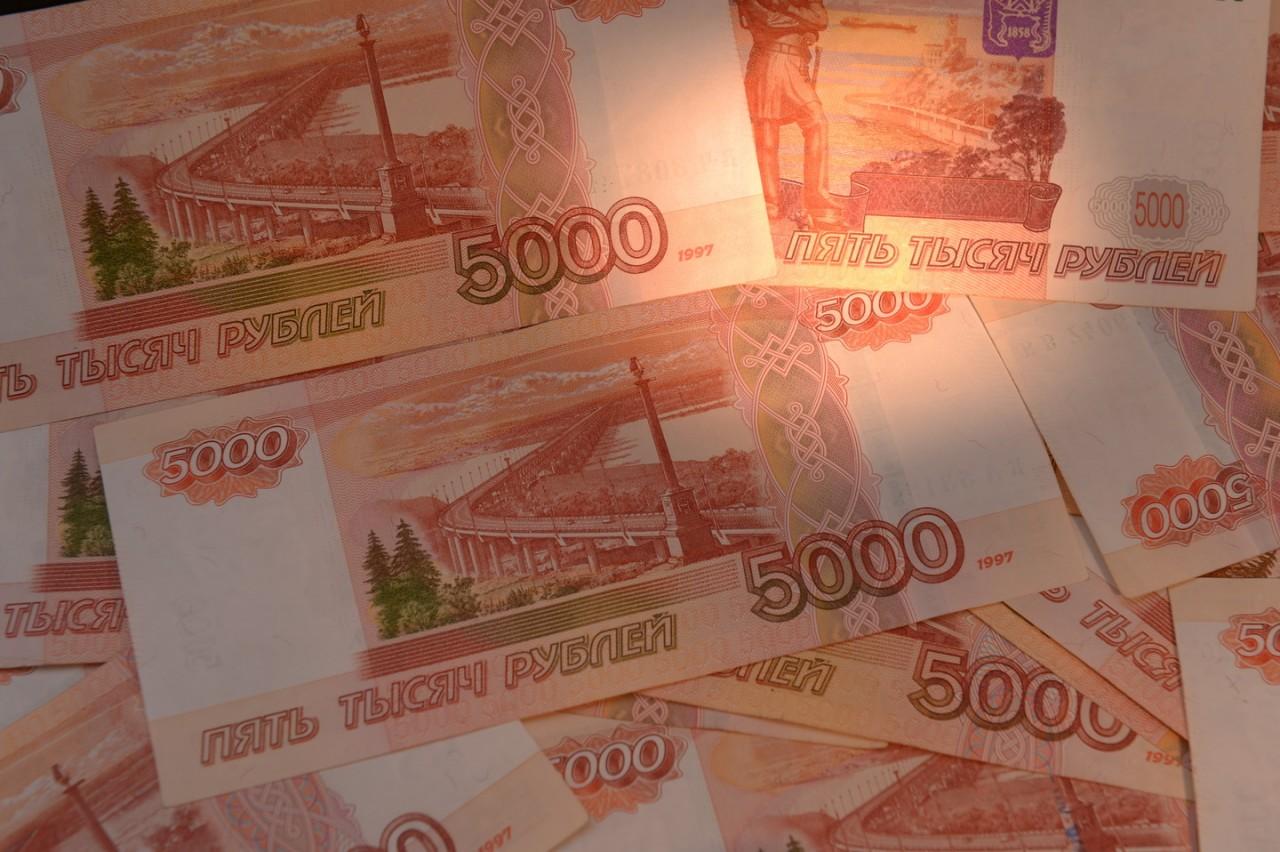 Росстат подсчитал размер средней зарплаты в России