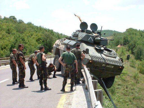 Как не стоит парковать танк: наглядные фото-примеры