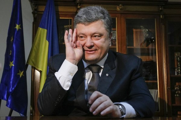 «Жажда сомнительных побед и несправедливые требования Москвы»: Порошенко не намерен отдавать долг России.