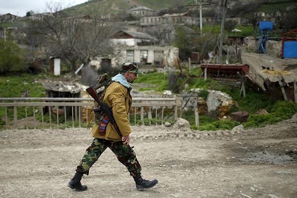 Он хочет овладеть Карабахом …