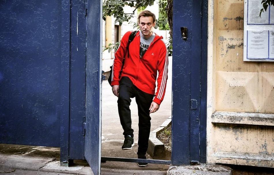Навальный опять наврал: Футбольный болельщик передает из СИЗО - ни шашлыков, ни пива