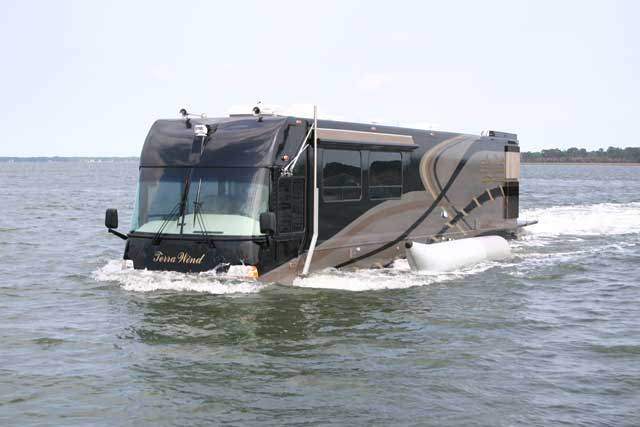 Определенно, яхта