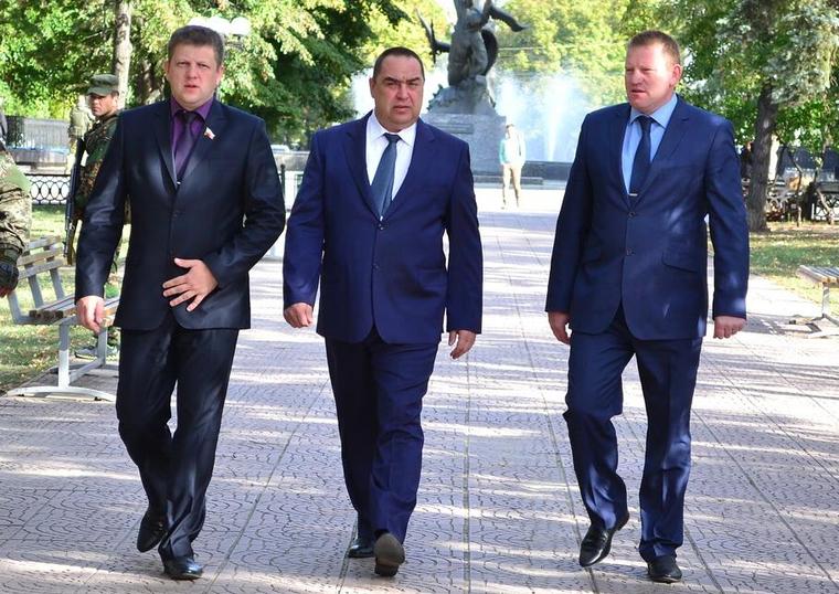 Бывший глава Народного Совета ЛНР Карякин рассказал о том, что на самом деле творится в Луганске