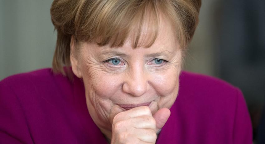 Киев обвинил Меркель в потере Крыма