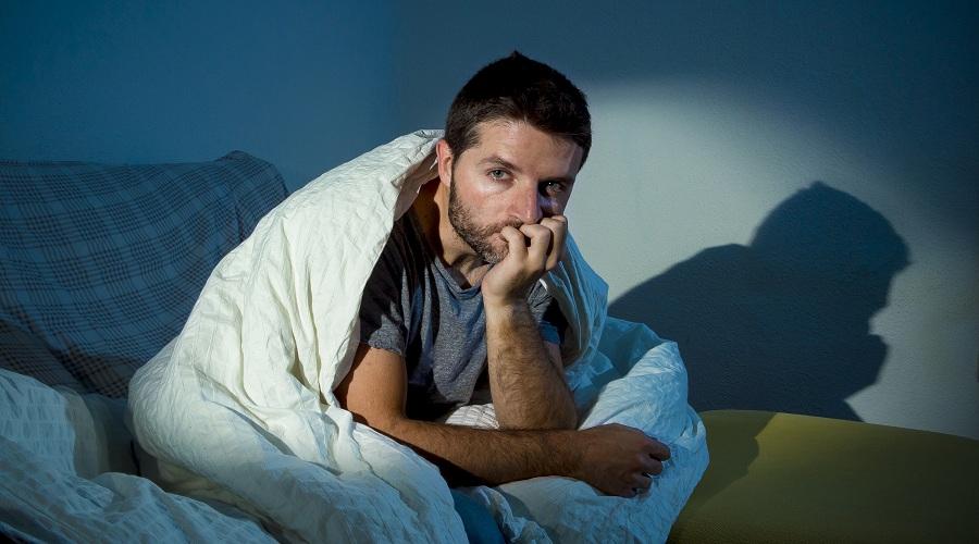 Тошнит не могу уснуть
