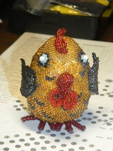 Яйцо-цыпленок из бисера