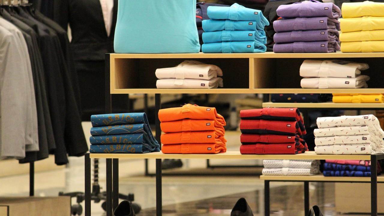 В Испании предложили взимать плату за примерку одежды в магазинах