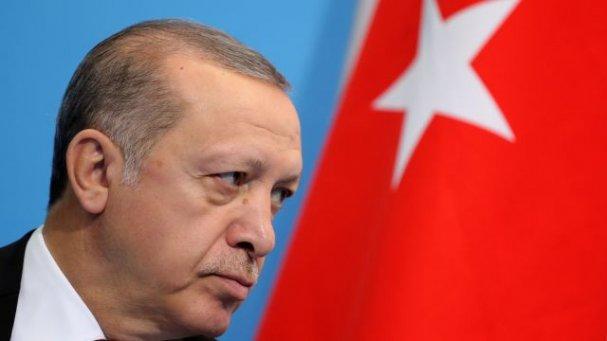 Терпение лопнуло: Эрдоган в грубой форме указал главе МИД Германии на его место