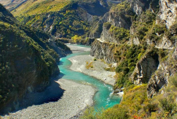 дорога над каньоном