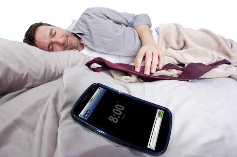 Держись от своего мобильника подальше! ynews, излучение, мобильник, рак, смартфон, сон