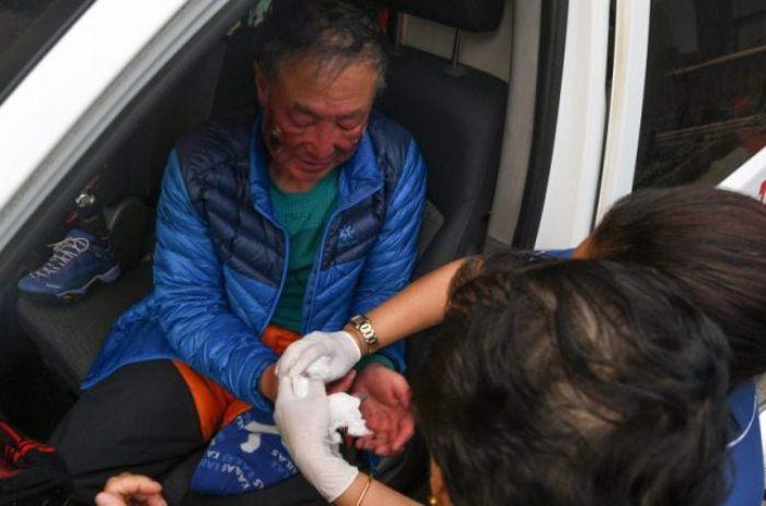 Ся Бойю - безногий альпинист, покоривший Эверест