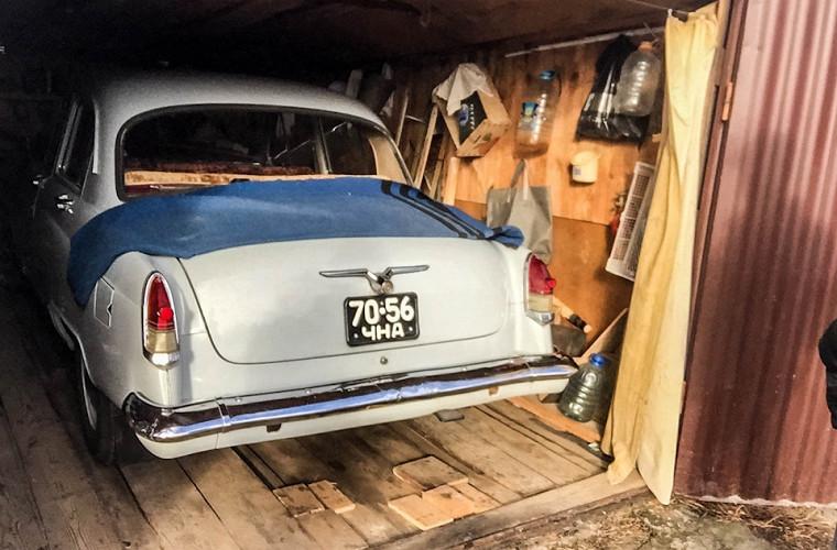 """""""Волга"""" на миллион: уникальная находка в старом гараже"""