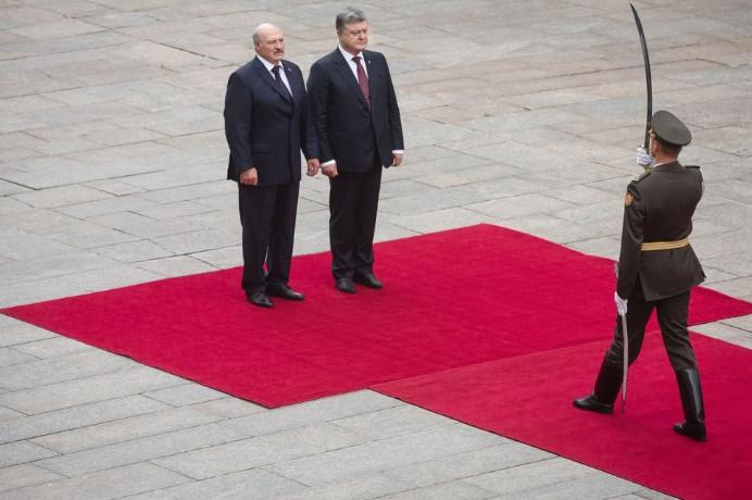 МИД Украины назвал потенциально небезопасным пребывание своих граждан в Белоруссии