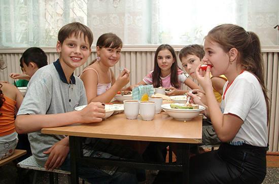 Горячее питание станет обяза…