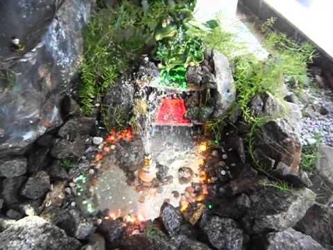 Фонтанчик с водопадами