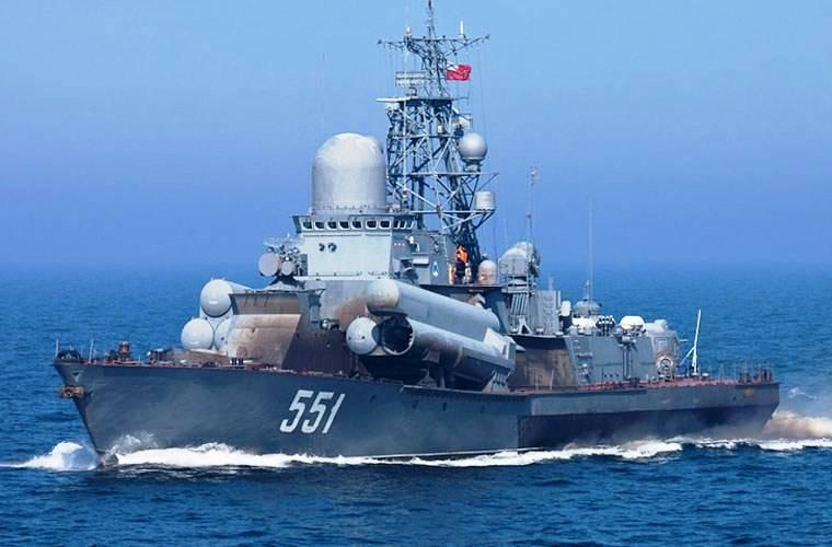 МРК «Ливень» поразил ракетным залпом мишень в Балтийском море