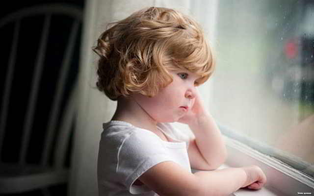 Бывший муж не забрал ребенка из детсада и в 8 вечера матери позвонила заведующая