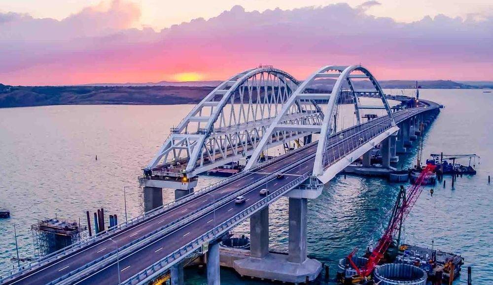 Крымский мост бьет рекорды: …