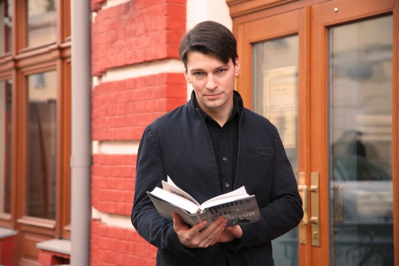 Даниила Страхова избили в Москве