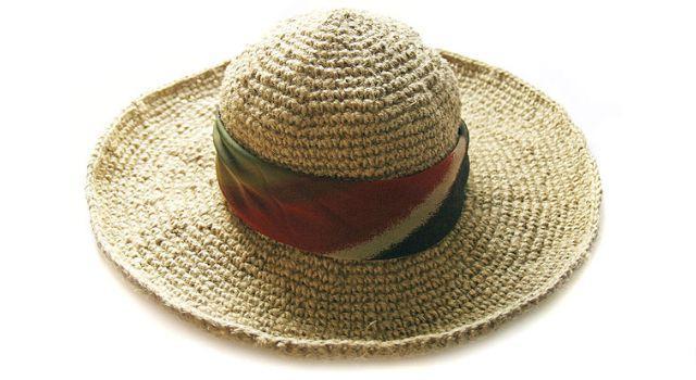 Джутовая шляпа