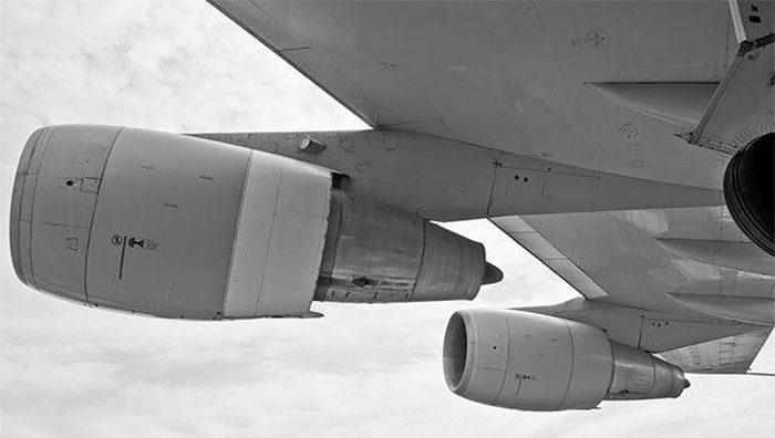 Авиасекрет: пожар в двигателе.