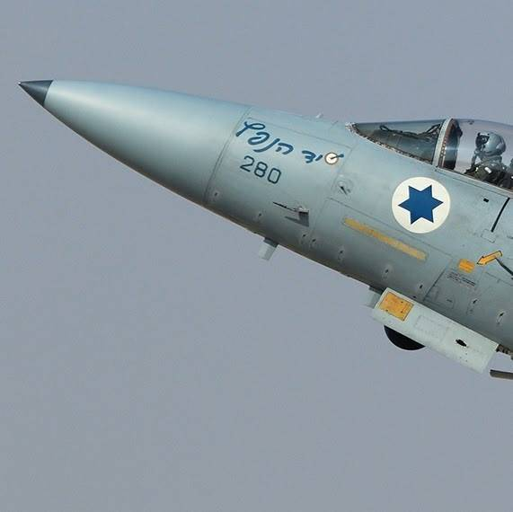 По кому теперь нанесли удар самолёты ВВС Израиля?
