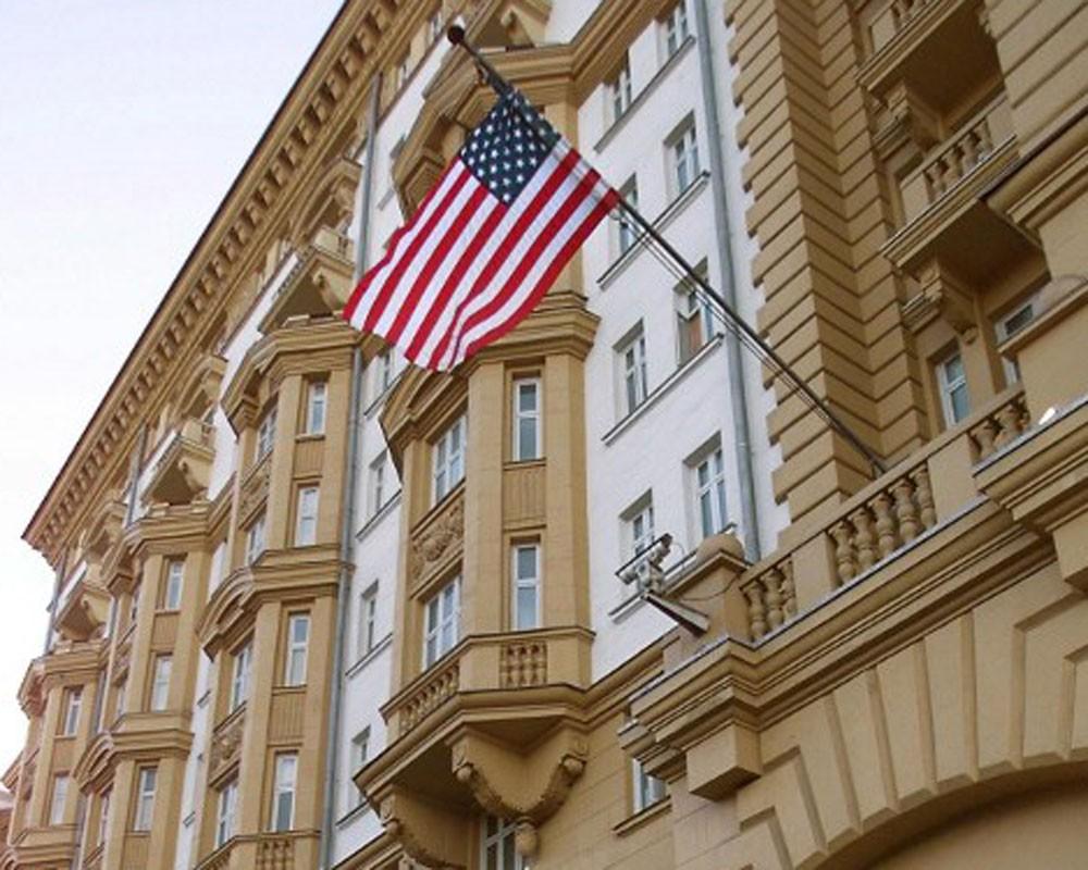 Картинки по запросу Американские дипломаты не хотят бросать Россию