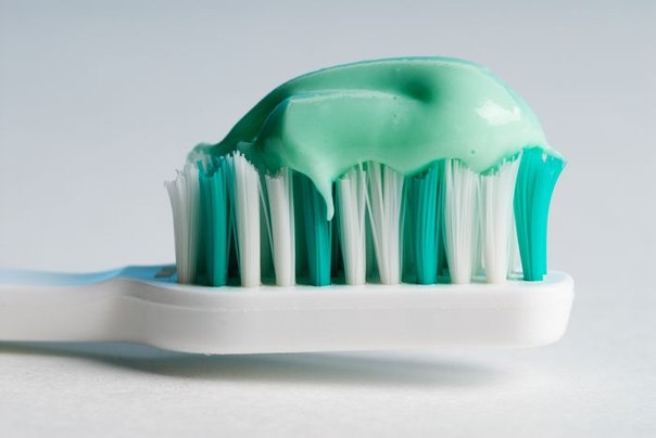 Необычные свойства зубной пасты: