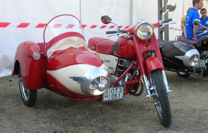 Узнаваемые бренды мотоциклов социалистических стран, которые были востребованы по всему миру
