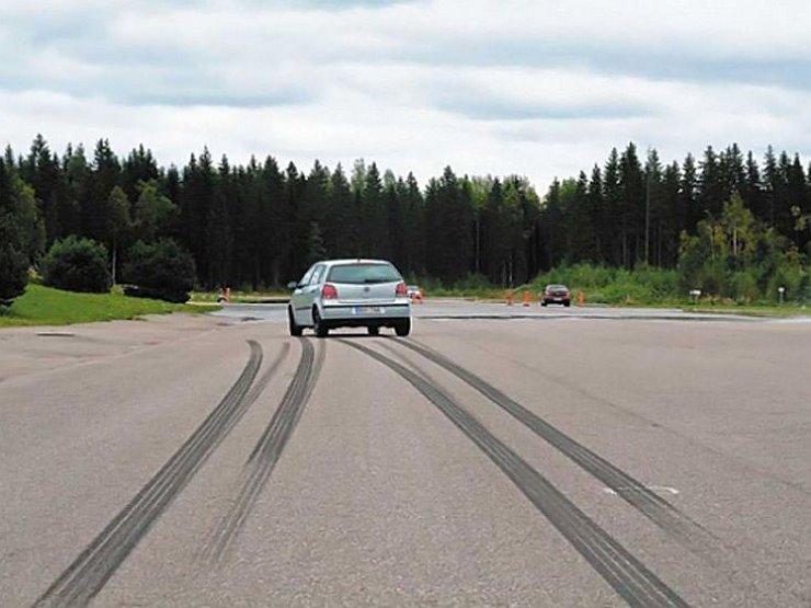 Как узнать, что на автомобиле пора менять тормоза?