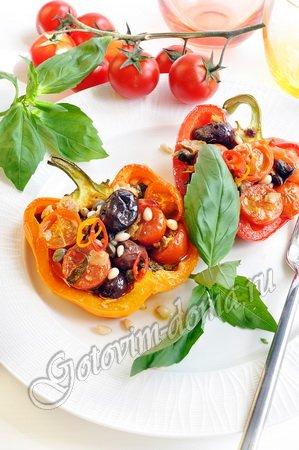Перец, запеченный с помидорами и тунцом