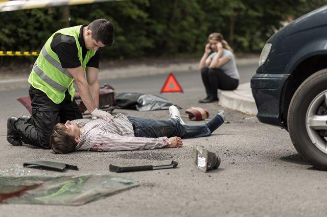 Правила спасения. Как вести себя очевидцам аварии на дороге?