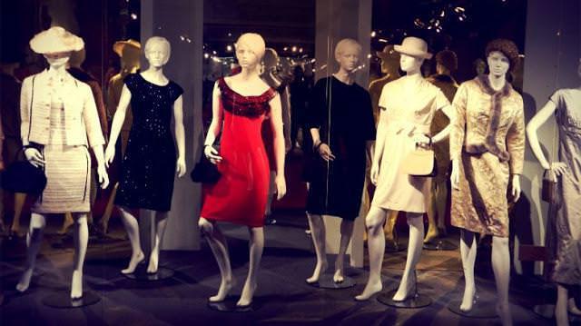 Из истории вещей — эволюция платья (обзор)