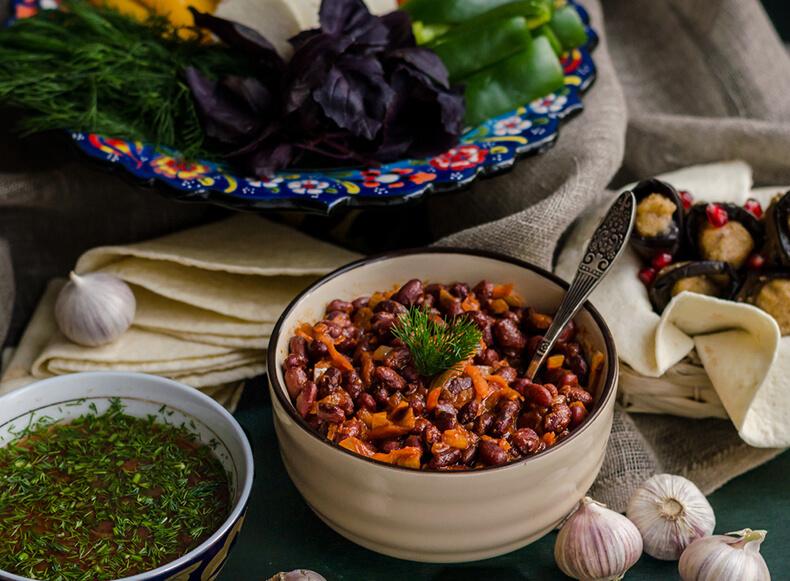 Лобио с грибами - идеальное грузинское постное блюдо