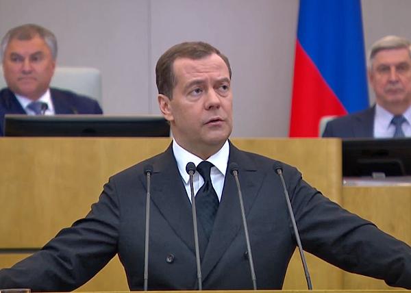 """""""Второго президентства Медведева никто не допустит"""""""