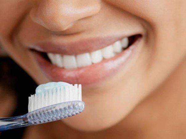 Почему чистить зубы не обязательно?