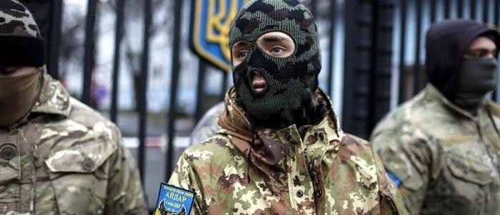 Украинские боевики выдвинулись на границу с Россией