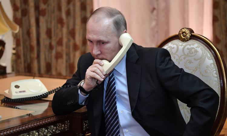 Что заставило Путина снять трубку и позвонить Лукашенко