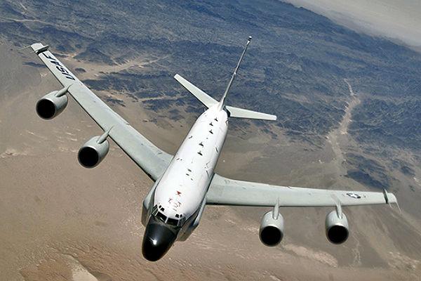 Разведчик ВВС США пролетел у базы ВМФ России в Сирии