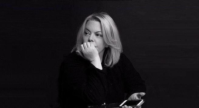 """Яна Поплавская:""""меня тошнит от голых жоп , членов, женоподобных мужиков, патологии, гомосексуализма, выставленного напоказ , который мне впихивают под видом высокого искусства !"""""""