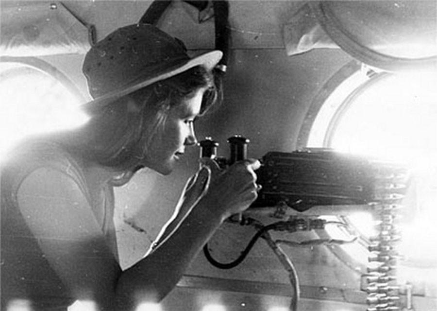 12 красавиц советского кино на редких и интересных фотоснимках