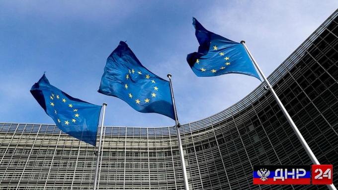 Евросоюз осудил введение Россией антиукраинских санкций